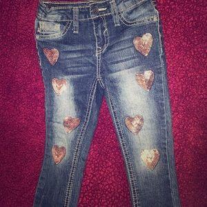 Vigoss - Baby girl jeans 3T w/pink hearts - $12